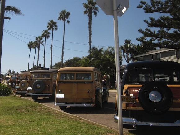 2012_Wavecrest_Woodie_Show_Encinitas_California_Street